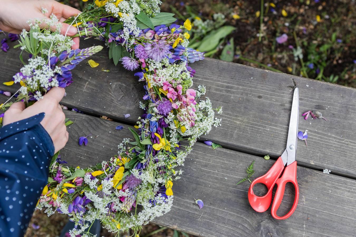 Midsummer In Sweden A Cherished Tradition Visit Sweden