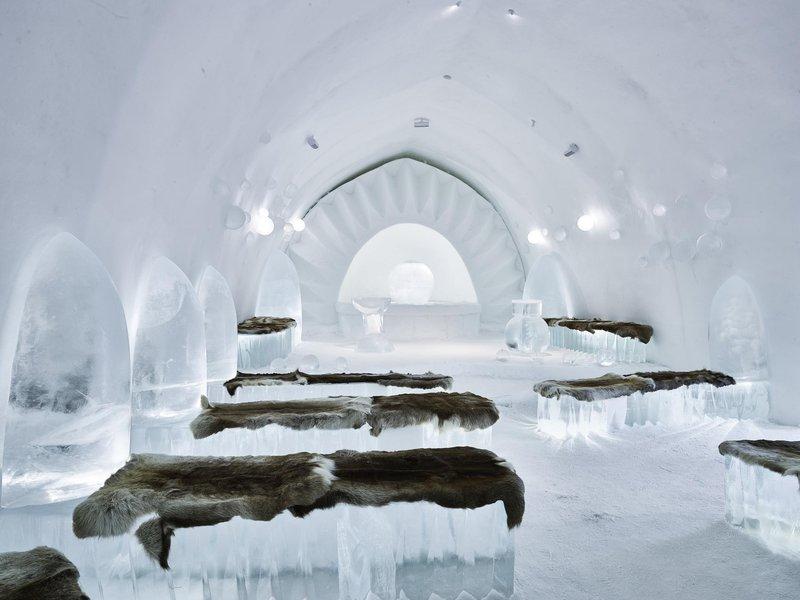 Chapelle de glace dans l'ICEHOTEL