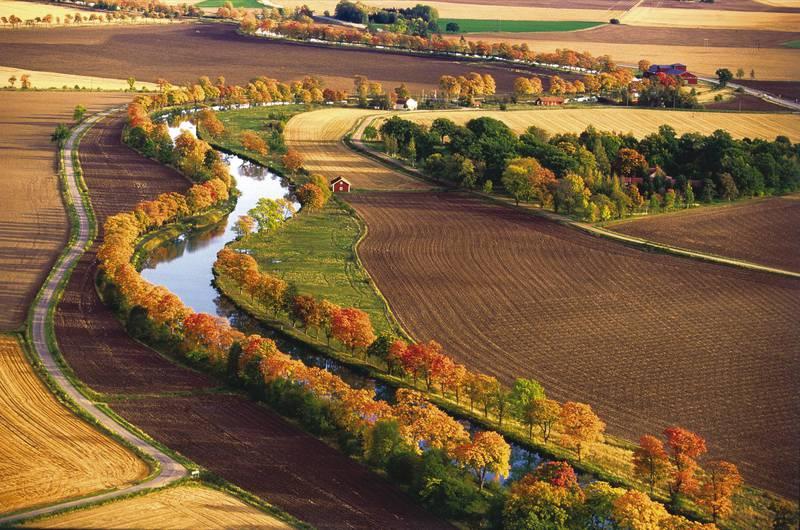 Autumn at Göta Canal