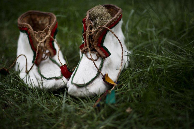 Sami footwear