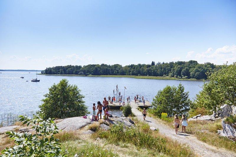 Nager à Stockholm