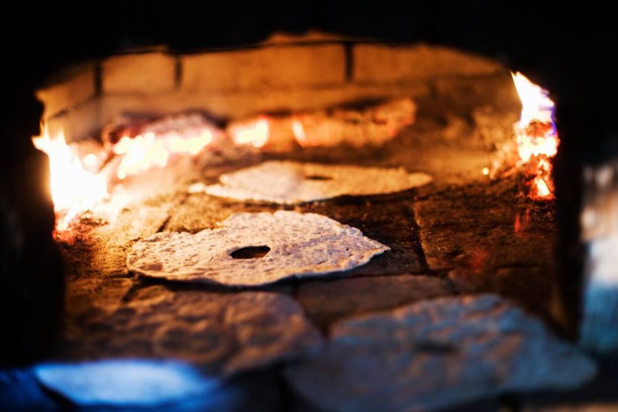 Baking of crisp bread