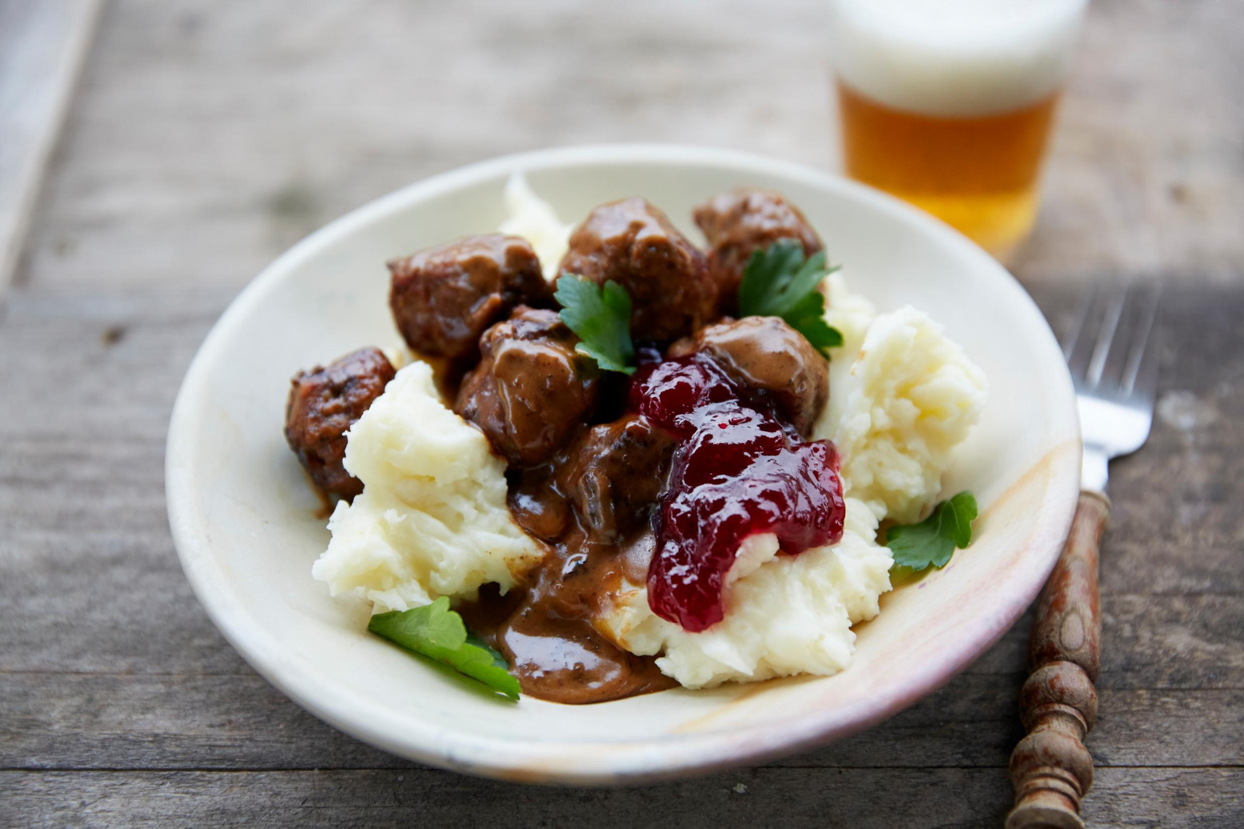Traditional Swedish meatballs with mashed potatoes and lingonberries |  Visit Sweden